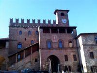 Italy Piacenza Castell Arquato 01